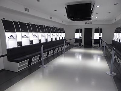 400 juventus changing room