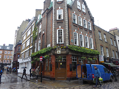 400 blue posts pub