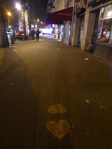 500 hearts on street
